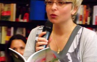 Carmen Veronica Steucic_ poetry reading 2010
